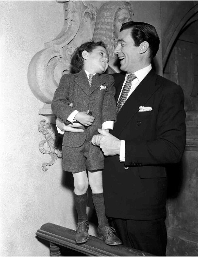 "Christopher Severn and Walter Pidgeon ""Mrs. Miniver"" (Toby!!! <3)"