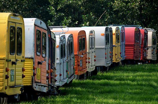 Backs of 2cv vans