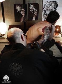 Tatouage japonais Paris. Tatoueur spécialiste japonais Spécialistes tatouage japonais Paris. Tattoo japonais Paris. IREZUMI www.tohibiki.net #tatouagejaponaisparis #specialistetatouagejaponaisparis #tattoojaponais #hikae #ryujin #irezumi #irezumiparis #irezumifrance #tebori #hanebari #tatouagetraditionneljaponais #tatouagetraditionneljaponaisparis #horimono #bunshin #japanesetraditionaltattoo #kitsune #utagawakuniyoshi #suikoden #tatouagejaponais #tatouagejaponaisfrance #japanesetattoo