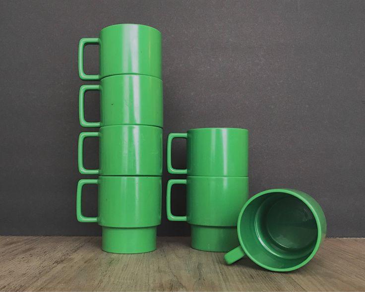 Vintage Plastic Mugs Plastic Cups Stackable Mugs Green