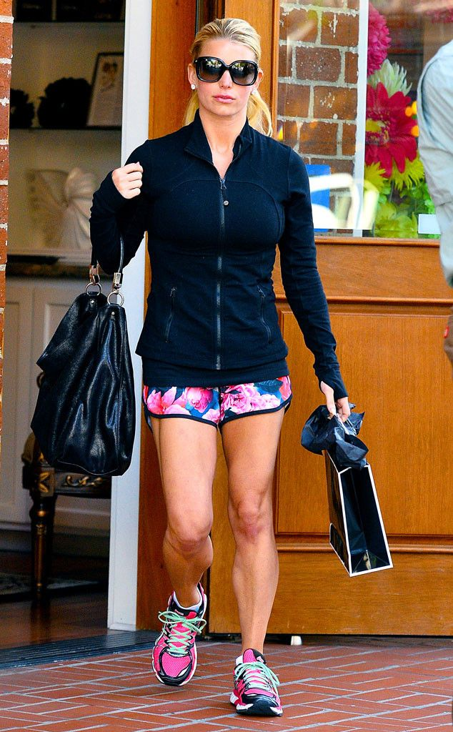 Jessica Simpson from The Big Picture: Today's Hot Pics | E! Online