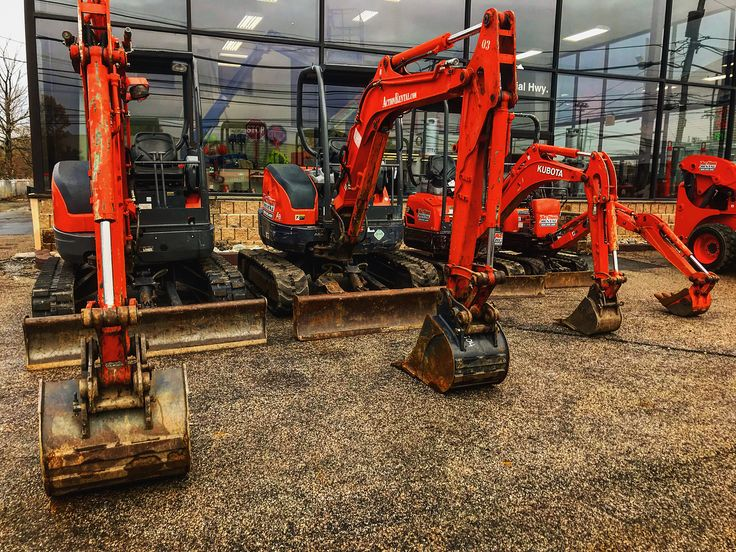 4 Ton 2 Ton And 1 Ton Excavators in stock and ready for rent !  A wide verity of attachments and bucket sizes available to get your job done !  Come in today for a quote on a wide verity of equipment ! 484-494-6260 - ActionRental.com .  #bobcat #kubota #cat #bomag #actionrental #skidsteer #tracksteer #rubbertire #genie #jlg #equipment #contractor #homeowner #homeimprovement #excavator #minibobcat #excavatormini #deere #construstion #tools #masonary #cement #landscaping #desgin #lift…