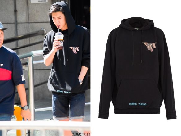 EXO Chanyeol (찬열) wore black hoodie on his way to Music Bank It is theOFF-WHITE Eye-print cotton hoodie. Get them HERE for $450 Available from : MatchesFashion – $450 Related PostsBLACKPINK Lisa Wear Prada Skirt on the cover of Numéro...