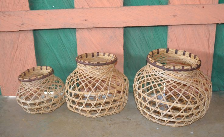 Family of baskets in the community of Urbana, Vichada, Colombia. #Mambe Shop www.mambe.org