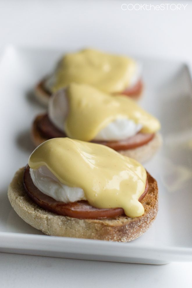 How to Make Perfect Eggs Benedict For A Large Crowd... The Easy Way!  Get the step by step directions at COOKtheSTORY.com