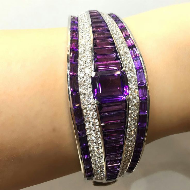 Amethyst and our love for purple in this amazing amethyst and diamond cuff from Carlo Barberis available in #Bahrain exclusive to #MiaMoonJewellers