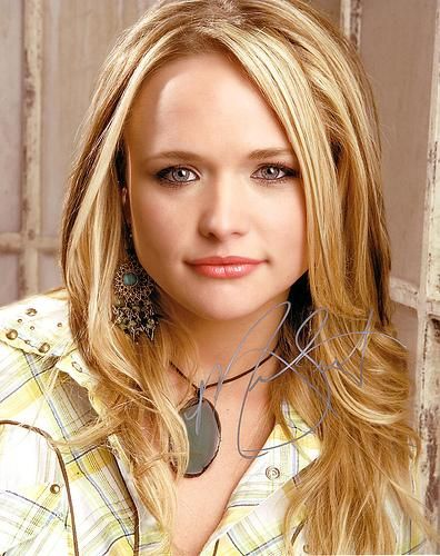Incredible 17 Best Ideas About Miranda Lambert Hairstyles On Pinterest Girl Hairstyle Inspiration Daily Dogsangcom
