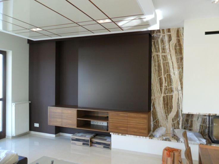 Drzwi przesuwane, zasłaniające TV LCD