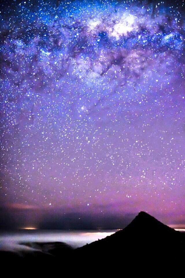 New Zealand's Southern Stars and Aurora Australis - ©/cc Ben Niven (Niv24) via deviantART