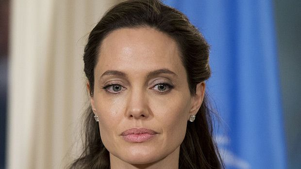 Angelina Jolie Reveals Bell's Palsy Diagnosis: Everything To Know About The Virus https://tmbw.news/angelina-jolie-reveals-bells-palsy-diagnosis-everything-to-know-about-the-virus  In a candid, new interview, Angelina Jolie confessed to being diagnosed with Bell's Palsy, a virus that's actually more common than you may have thought. Find out about Angie's diagnosis, here.After shying away from the public eye after her verypublic, tumultuous split with Brad Pitt, 53,Angelina Jolie, 42, is…