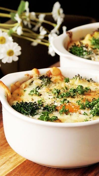 コンビニおにぎりで簡単ミニシーフードドリア ~ レシピ | Tastemade