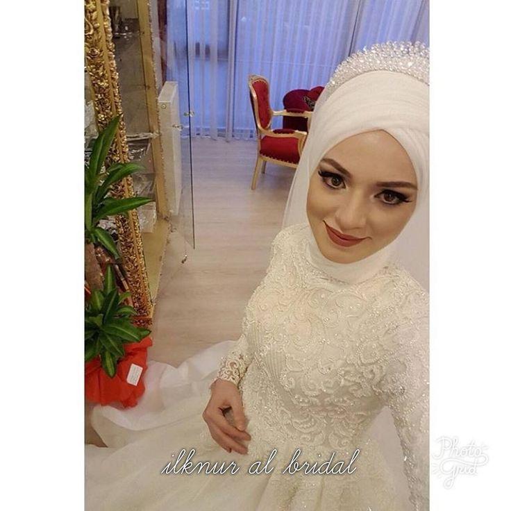 """117 Likes, 5 Comments - İlknur Al Bridal (@ilknuralbridal) on Instagram: """"Senaya bir ömür mutluluklar #gelinlikmodeli #gelinlik #nişanlık #tesettürgelinlik…"""""""
