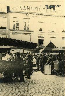 Ijsverkopers grote markt den haag 1895