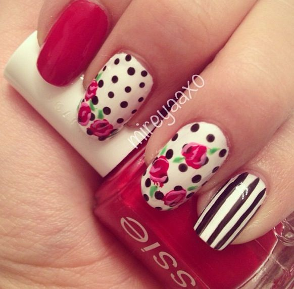 Flower and stripe nails