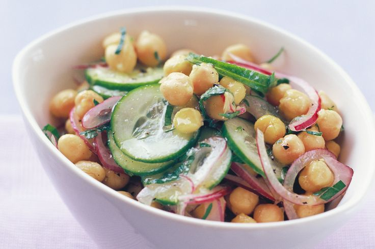 This tasty salad is full of the goodness of chickpeas with aromatic flavours.