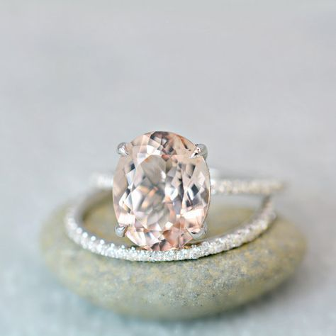 Oval Morganite on White Gold...this is absolutely gorgeous #DazzlingDiamondEngagementRings