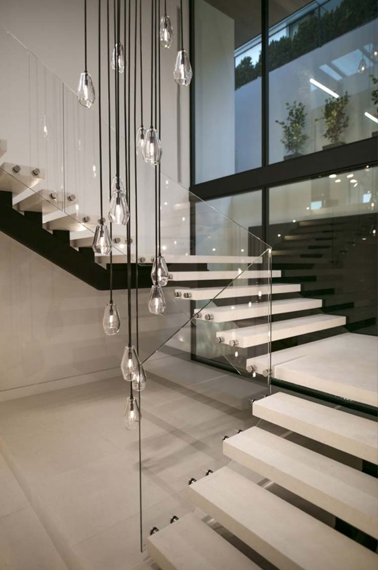 The 25 best modern staircase ideas on pinterest modern for Modern house stairs