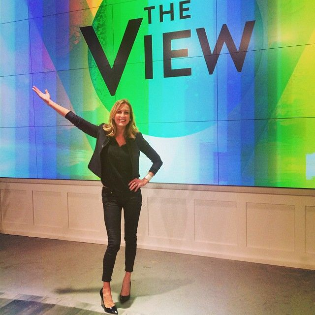 I stopped by the view to show rosie and nicole some of my for Lara spencer flea market show