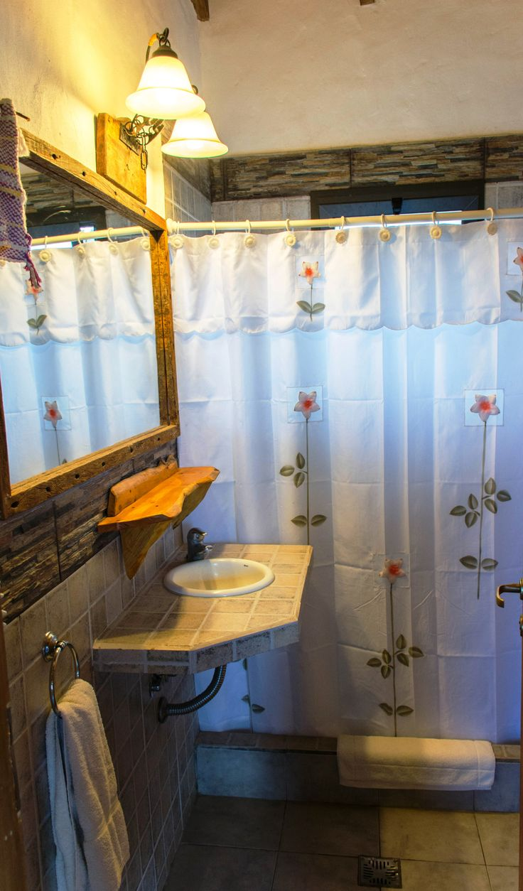 Baño con secador de cabellos
