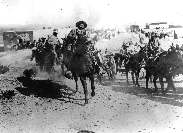 Mis Huidas por México: La Leyenda del Centauro del Norte