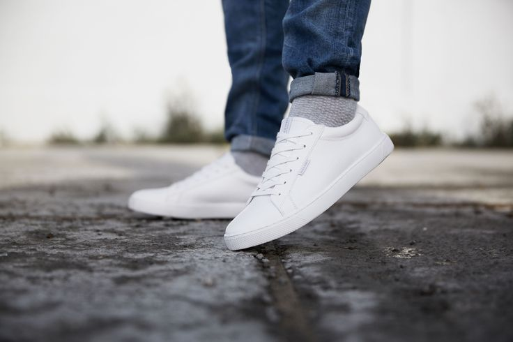 Comfortable and easy-to-style white sneakers #men #footwear #white #trainers #comfort