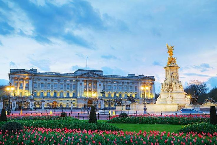 Discount UK Holidays 2017 London Stay, Buckingham Palace Tour & Afternoon Tea £119pp (from OMGhotels.com) for a 3* London break with breakfast, Buckingham Palace tour and afternoon tea, or £149pp for a 4* stay