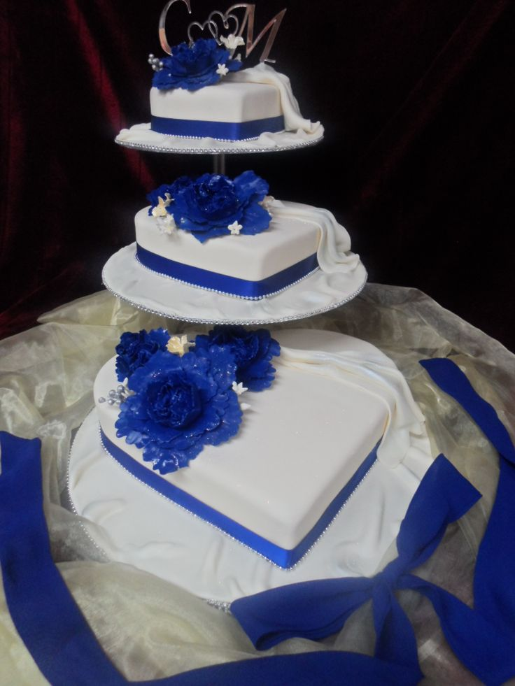 3 Tier Heart Shaped And Peony Themed Wedding Cake Frescowooshconz Email Frescowooshconz