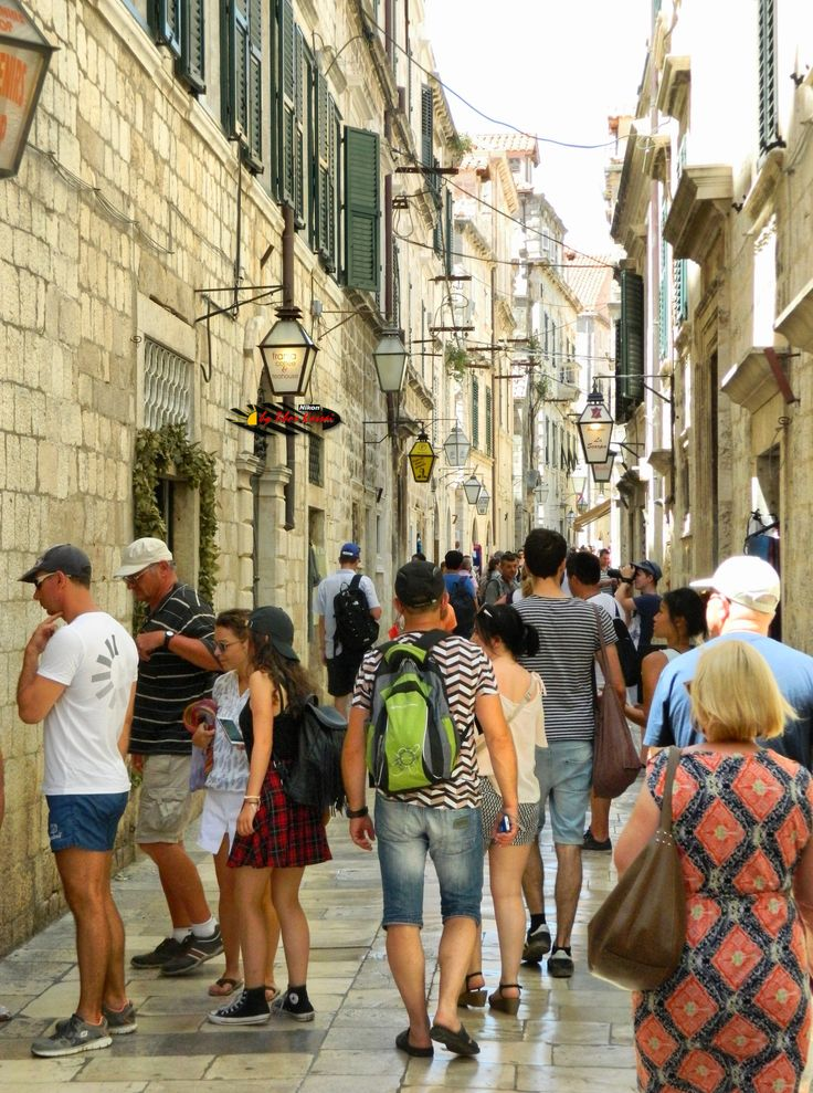 Dubrovnik Old City, Croatia, Nikon Coolpix L310, 12.6mm, 1/500s, ISO360, f/4, +0.7ev, HDR-Art photography, 201607081240