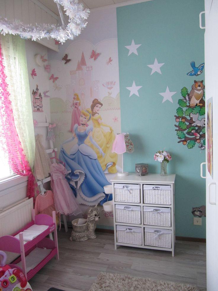 Girl room, Paper star, Princess wallpaper,
