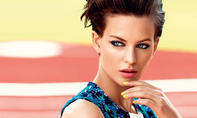 Ota haltuun siniset kissansilmät | Oriflame Cosmetics