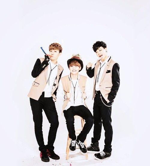 Jimin V Jungkook Wallpaper: 806 Best Images About BTS On Pinterest