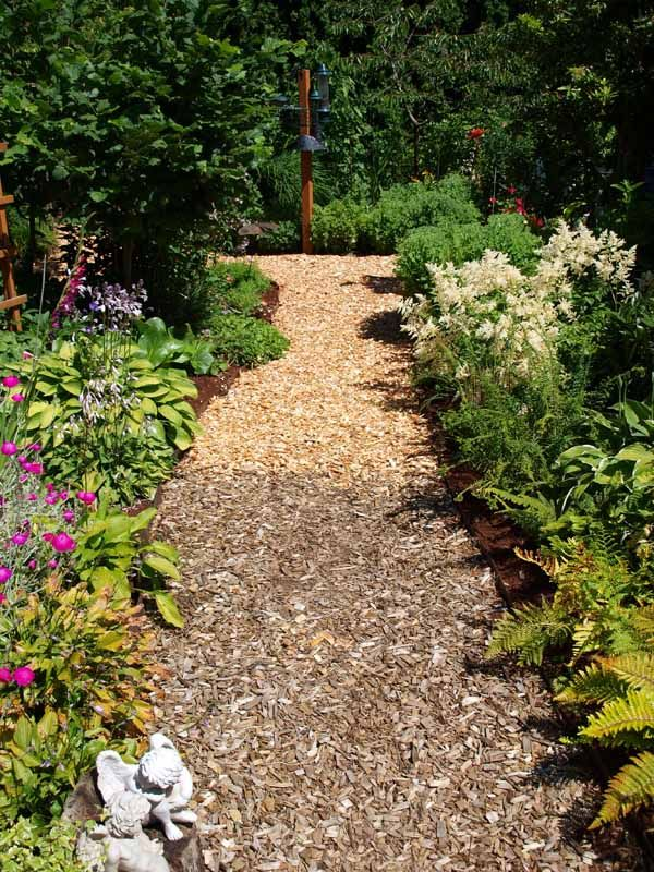 Border For Wood Chip Path Google Search Landscaping