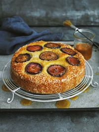 Fig and sesame honey drizzle cake