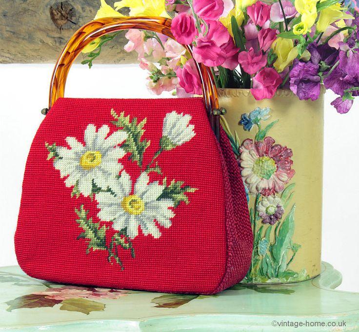 Vintage Home - Beautiful Daisy Needlepoint Handbag.