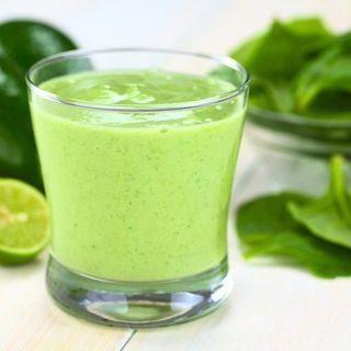 Smoothie cu frunze verzi (spanac, kale, pătrunjel) - Eva Mobile