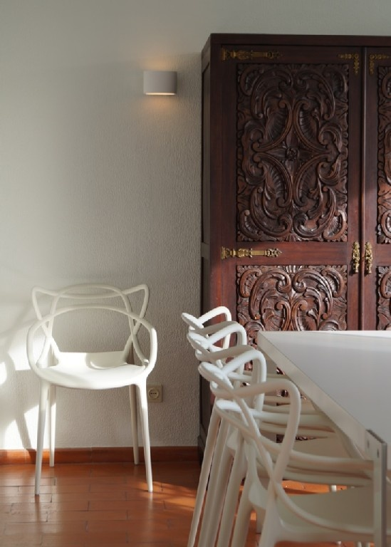 Holiday Apartment In The Algarve: Philippe Starck Masters Chairs With  Family Heirloom African Carved Dresser