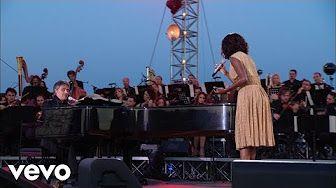 Andrea Bocelli, Laura Pausini - Dare To Live (HD) ft. Laura Pausini - YouTube