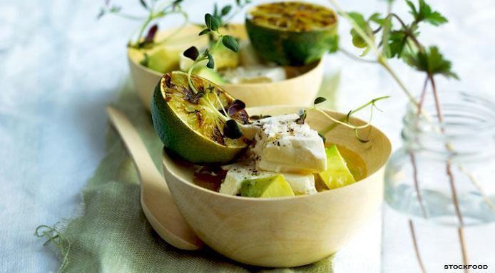 Insalata+con+Avocado,+Feta+e+Lime+Grigliato