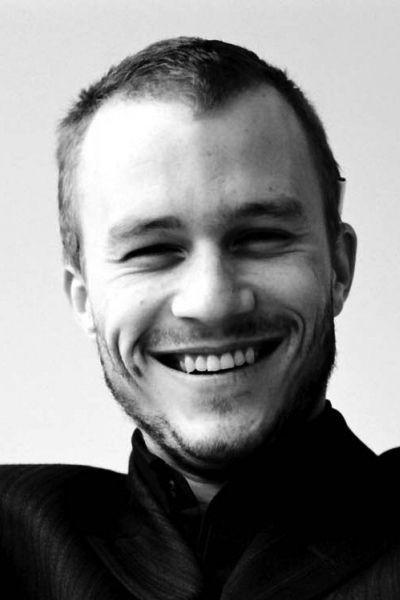 Heath Ledger beautiful smile with white teeth.
