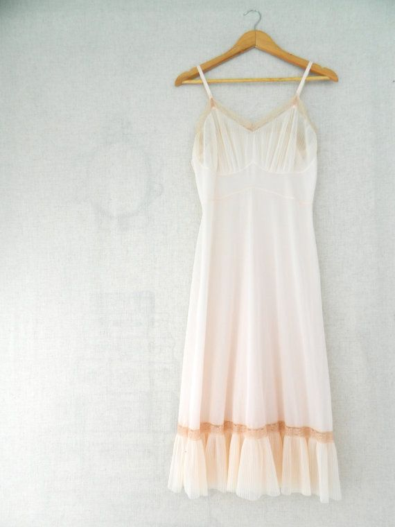MAD woMEN . Vintage Womens Long Nightdress Nightgown Petticoat Full Slip Lingerie . light coral . size 38 . etsyau wandarrah oz au Australia