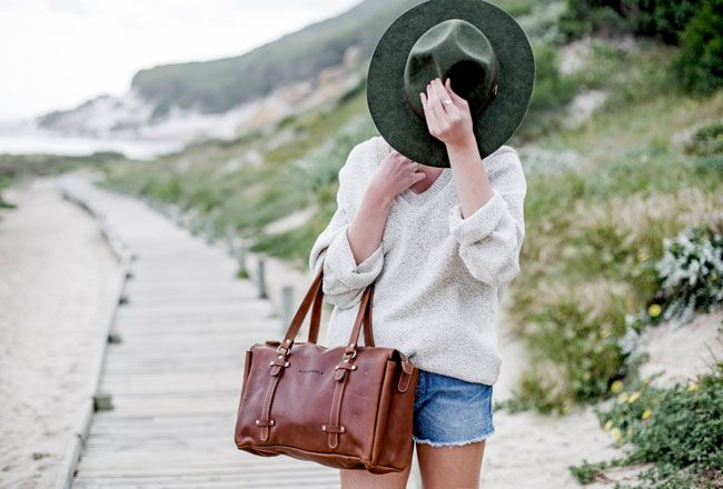 There's no shortage of beautiful leather totes and handbags around. As long as you choose the right colour and style, a leather bag will last you years. Check out these brands for locally made quality leather goods… ALEX & MARLA // LEATHER & LACE // TITCH // ILUNDI // ROWDY // FREEDOM OF MOVEMENT