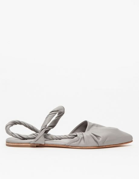 Pacific Pointed Flat in Grey