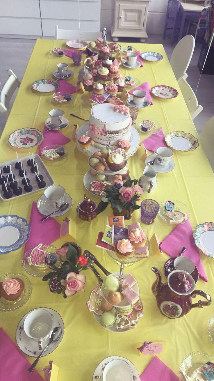 Kids tea party at Partyzz!