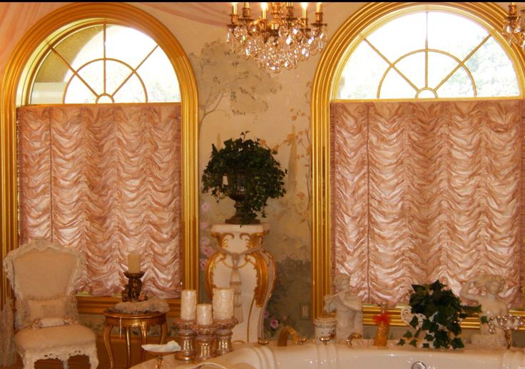 Balloon Roman shades