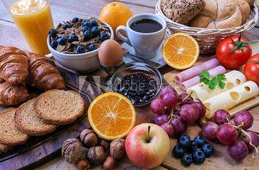 Континентальный завтрак - питание с фоном