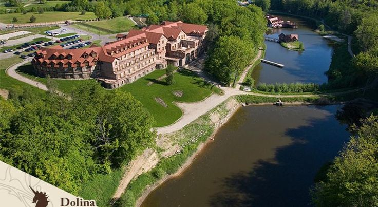Dolina Charlotty Resort&Spa Strzelinko With a magnificent lakeside location, surrounded by beautiful countryside, stylish interiors and great leisure facilities, Dolina Charlotty Resort & Spa offers a fairytale-like atmosphere for a relaxing stay.