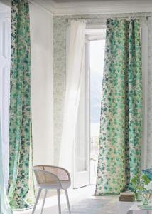 designers-guild-collectie-behang-geometrisch-green-kussens-gordijnen-bloemen-flora-blauw-plaids-kleur-op-kleur-interieur-2017-500x700-13