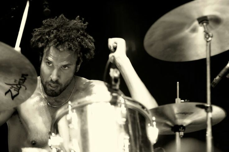Jon Theodore - One Day As A Lion