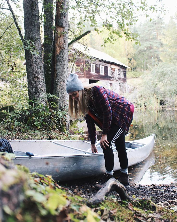 "58 Likes, 2 Comments - Sarah Magdalena ❄️ (@sarahmagdalena) on Instagram: ""On Sunday I canoed my way into the month of October and it was wonderful. More on the blog. Link in…"""