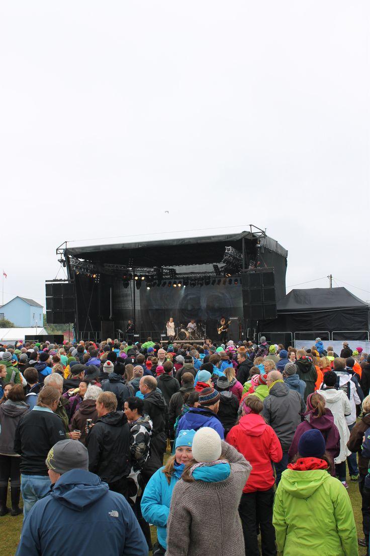 #Trænafestivalen on the island #Træna.   www.kystriksveien.no #Kystriksveien